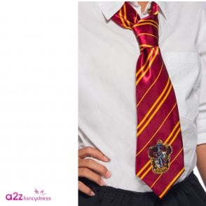 878bb2fc73c HARRY POTTER ~ Gryffindor Deluxe Scarf With Embroidered Badge ...